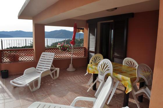 Agenzia turistica ideamare isola d 39 elba capoliveri - Immagini terrazzi arredati ...